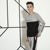 Утепленный пуловер на мальчика 158/164
