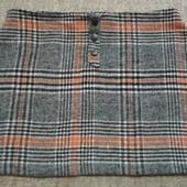Фирменная теплая юбка в отличном состоянии р. 18.