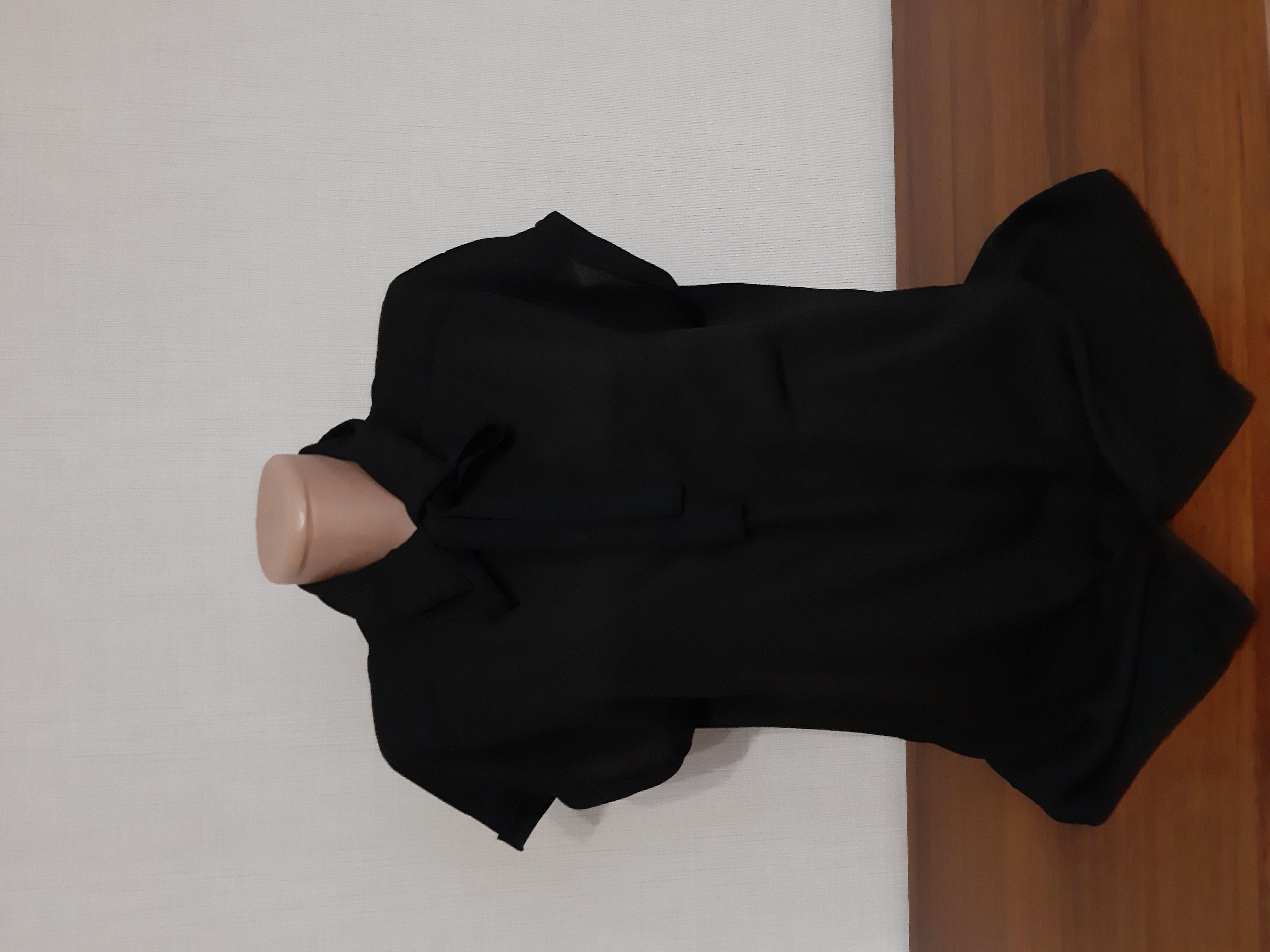 Очень красивая шифоновая блуза р-р 48