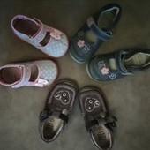 Лот обуви для малышки 18,19,20размер