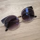 Солнечные женские очки