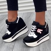 Крутие женские кроссовки!!!!Качество просто супер!!!