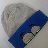 новая теплая шапочка,48-50