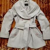 Кашемировое пальто. Очень красивое и женственное