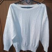 Молочный свитерок с интересным орнаментом, замеры есть