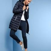 Стильное стёганое деми пальто с капюшоном от Tchibo германия размер 44 евро=50-54 наш