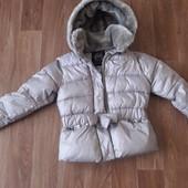 Демисезонная курточка 116р.замеры ниже