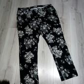 Новые,шикарные стрейчевые  джинсы Damart 54-56размера.