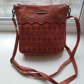 Красивая турецкая сумочка через плечо. Хорошее качество.