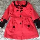 Пальто (5-6р)+теплі штанишки в подарок.
