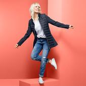 Суперское пальто из комбинированных тканей со стеганной вставкой на весну Tchibo , размер 42 евро=48