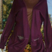 Бордовый кардиган с золотой люрексовой нитью. Размер 14 (пог 59 см.)