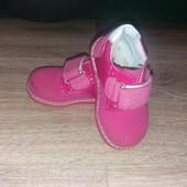 Полностью натуральная кожа .Ботиночки бренда Jong Golf для девочки 19р. (12,5см)