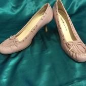 Натуральная кожа! пудровые туфли Fiore 5/ 38Р
