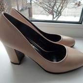 Туфли цвет пудра 36,37 размер