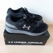 Оригинал! Кроссовки для бега Under Armour! Размер 4,5 стелька24см.