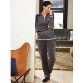 Велюровый костюм Esmara® Германия, размер евро М 40/42. (замеры в описании)