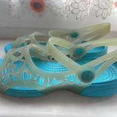 Кроксы-сандали-босоножки оригинал Crocs состояние отличное