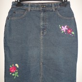 стрейчевая джинсовая юбка-миди с вышивкой,14 бирка,48-50 укр.