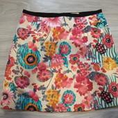 Фирменная красивая юбка в состоянии новой вещи р.12