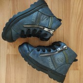Ботинки на мальчика,ботиночки, фирменные ботинки,р. 22,23