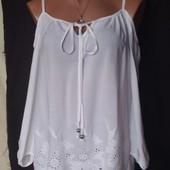 Шикарная свободная блузочка с открытыми плечами и перфорацией, вискоза,m/l/xl,в идеале