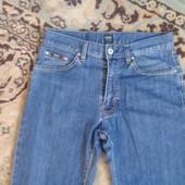 Мужские джинсы фирмы BOSS