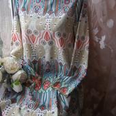 Яркое платье на лето L-XL-размер
