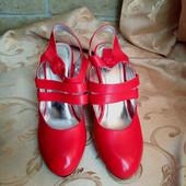 Женские туфли Chanel, производитель Франция. Размер на выбор.