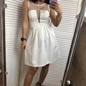Красивое нарядное платье L
