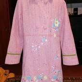 Демисезонное пальто на девочку 134-140см.