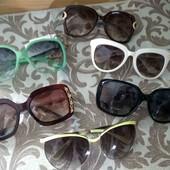 Солнцезащитные очки 1 на выбор