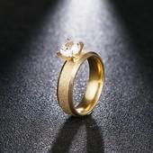 Шик! Кольцо с цирконием р 17,18размер р, в золоте или серебре