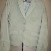женский пиджак H&M р.40 10 М-Л в отличном состоянии
