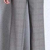 Красивенные брюки. Широкие от бедра, с завышенной талией, в идеале.
