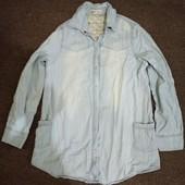 Рубашка женская (джинсовая) в идеальном состоянии