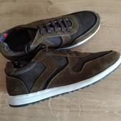 Очень крутые полностью кожаные кроссовки, люкс бренд Cafe Moda Голландия, 28см