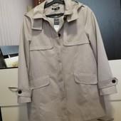Новая ветровка-куртка с капюшоном Bonmarche. P. 12/L