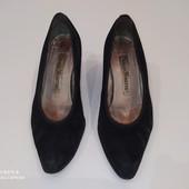 Удобные женские туфли