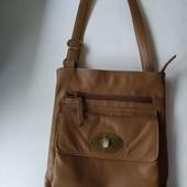 Натуральная кожаная сумка Debenhams с длинным ремнем в хорошем состоянии