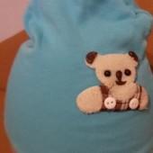 Трикотажная детская голубая шапочка