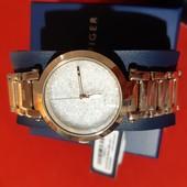 Часы Tommy Hilfiger новые