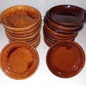 тарелки(новые)смотрите фото и описание