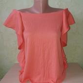 Блузка жатка с открытыми плечиками в отличном состоянии