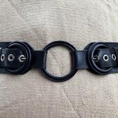 Фирменный качественный кожаный ремень.на объем 90-96см.в идеале