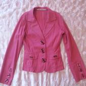 Піджак рожевий в ідеальному стані