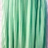 Красивая мятная юбка плиссе в хорошем состоянии!