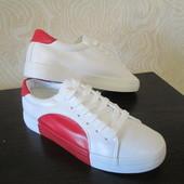 Классные супермодные кроссовки на ваши ножки р-ры 38-39