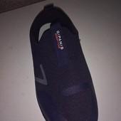 Шикарные, дышащие кроссовки