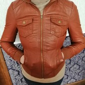 Эко- куртка в идеальном состоянии на размер S,M